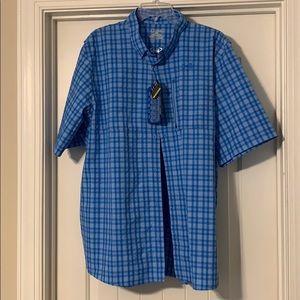 *New* UA Men's button down fishing shirt w/pocket
